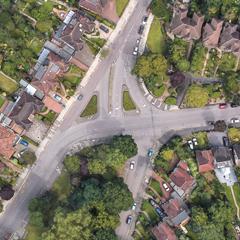 Lyonsdown Road